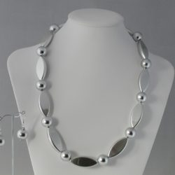 Silver Ovals Necklace Ear Rings