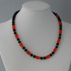 Black Pearls Red Glass Tubular Beads Necklace