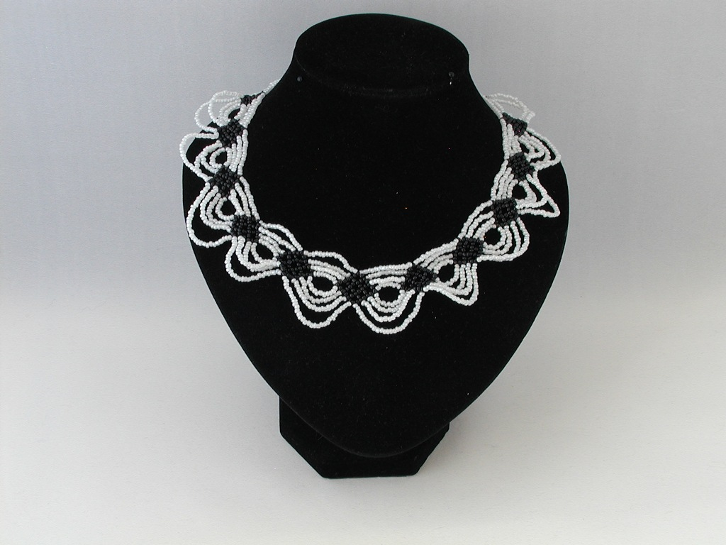 White Black Looped Seed Bead Choker Necklace