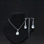 Silver Snake Chain Pear Shaped Dangles Necklace Ear Rings
