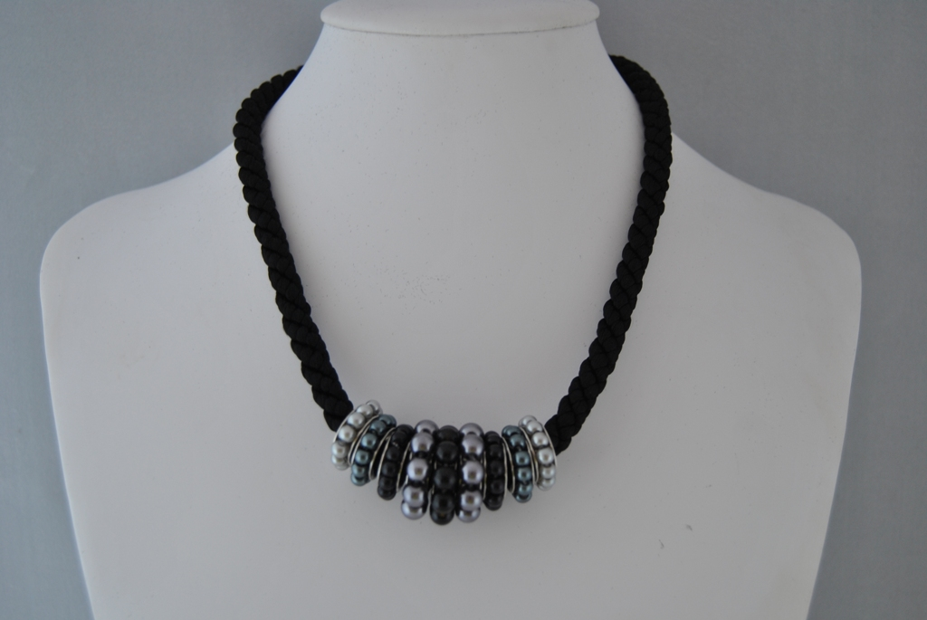 Chunky Black Silky Cord Black Gray Pearl Rings Necklace