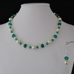 Emerald Rondelle's Cream Pearls Necklace Ear Rings Set