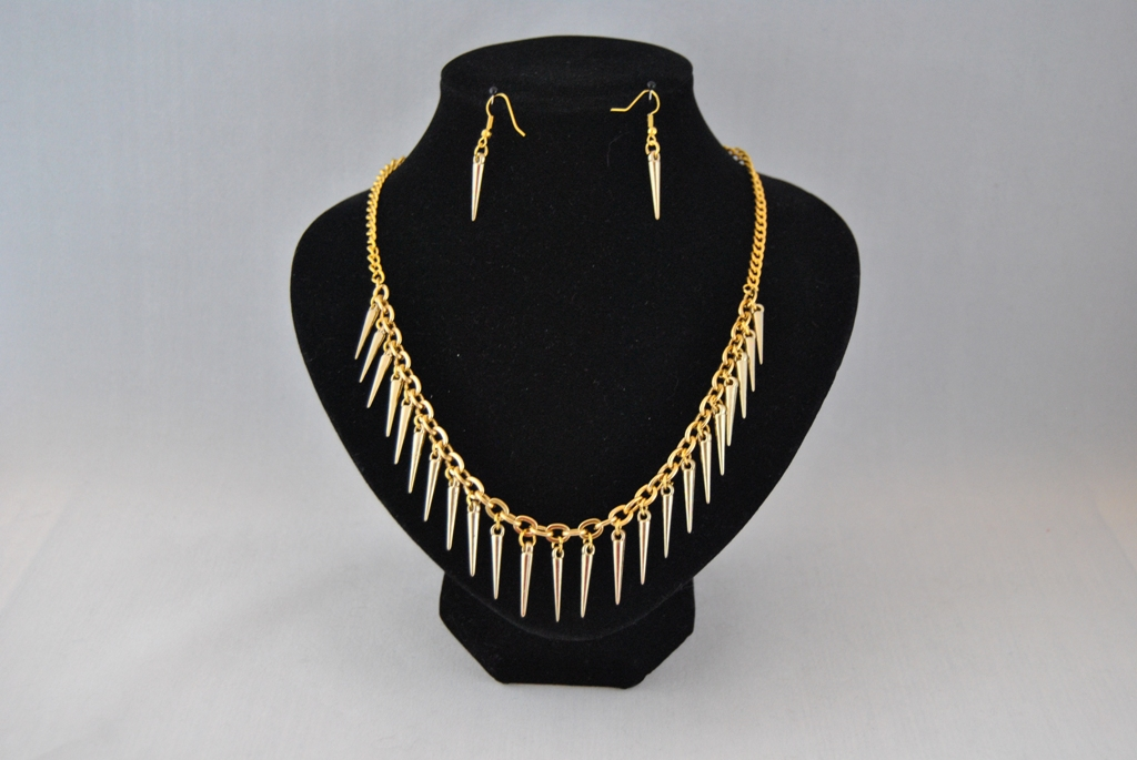 Gold Spikes Gold Chain Necklace Ear Rings