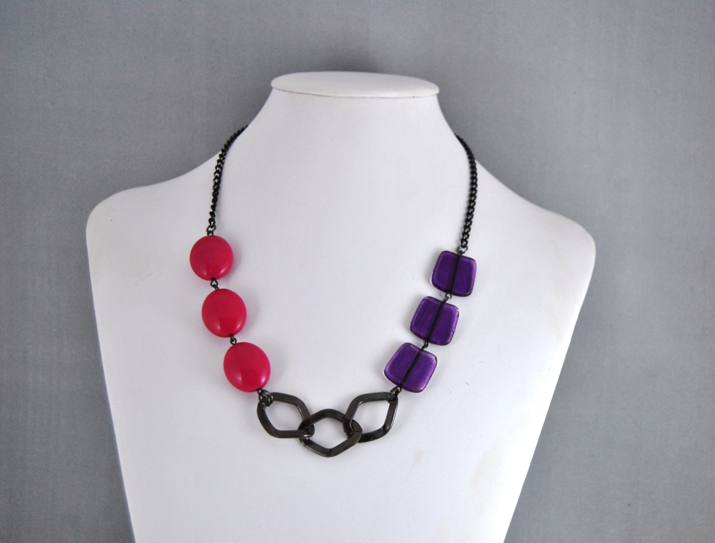 Pink Purple Beads Black Chain Asymmetrical Necklace