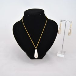 Gold Chain Ivory Drops Necklace Ear Rings