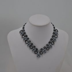 Gray Pearls Loops Squares Choker Necklace