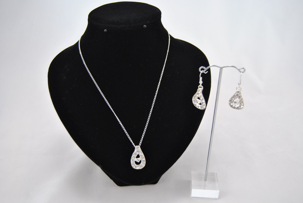 Silver Chain Diamante Dangle Necklace Ear Rings