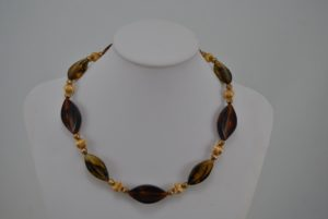 Amber Oval Acrylic Beads Necklace