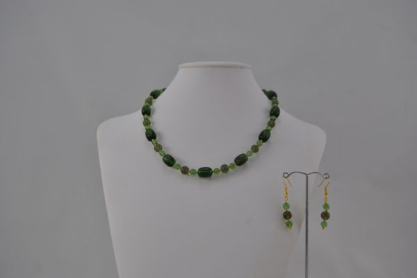 Green Glass Beads Necklace Ear Rings Set
