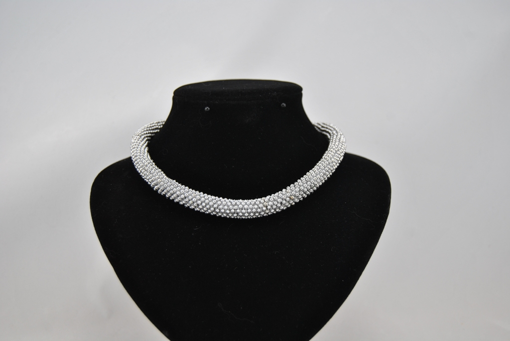 Silver Daisy Spacer Beads Necklace