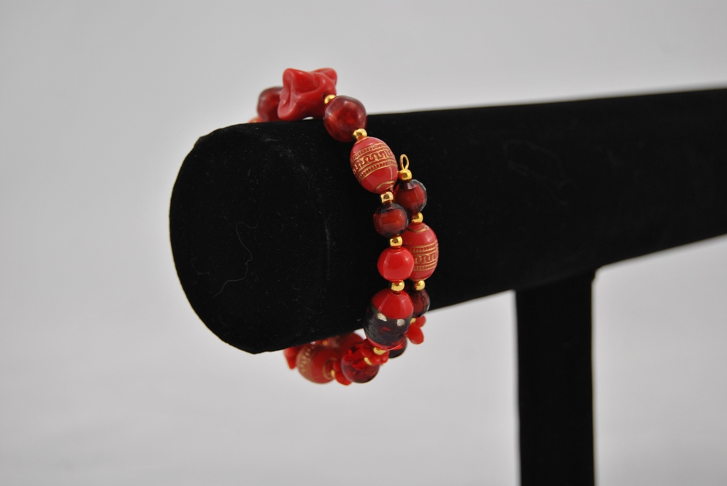 Red Mixed Beads Memory Wire Bracelet