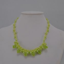 Pale Green Pearls Seed Beads Necklace
