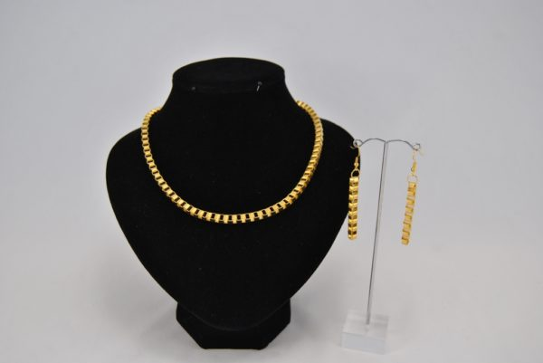 Gold Coloured Box Chain Necklace Ear Rings